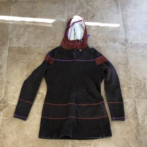 PRANA sweatshirt